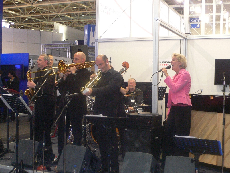 Saturday Moring Jazz Band an der CEBIT 2009, Bild 2